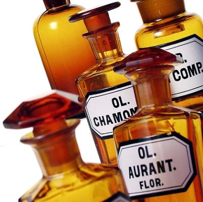 ätherische Öle Symbolbild