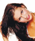 junge Frau mit schönem Haar
